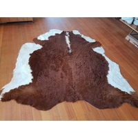 Cow Hide Floor Rug - 101- Hereford